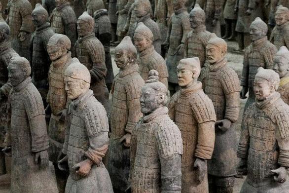 Σαν σήμερα 11 Ιουλίου Κινέζοι αρχαιολόγοι ανακαλύπτουν ένα μεγάλο νεκροταφείο