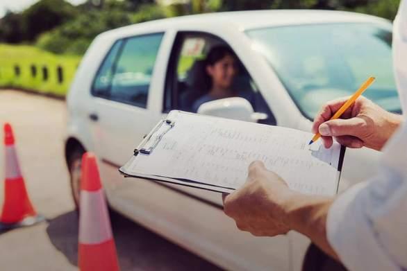 Πάτρα: Επιτέλους ξεκινούν οι εξετάσεις για το δίπλωμα οδήγησης - 3.500 υποψήφιοι περιμένουν