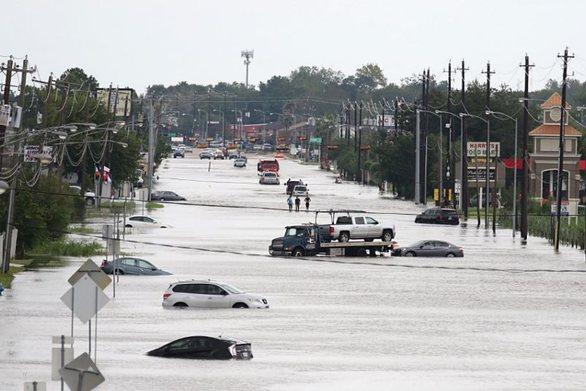 «Ημέρες Κατρίνα» φοβούνται στη Νέα Ορλεάνη λόγω της τροπικής καταιγίδας Barry