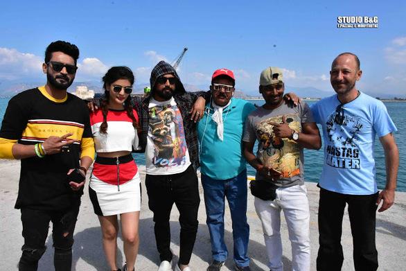 Bollywood στο λιμάνι του Ναυπλίου (video)