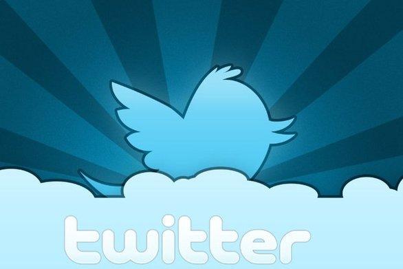 Σαν σήμερα 15 Ιουλίου αρχίζει τη λειτουργία του o ιστότοπος κοινωνικής δικτύωσης Twitter