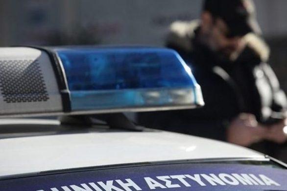 Θεσσαλονίκη - 53χρονος κυνήγησε με τσεκούρι γυναίκα και την τραυμάτισε σοβαρά