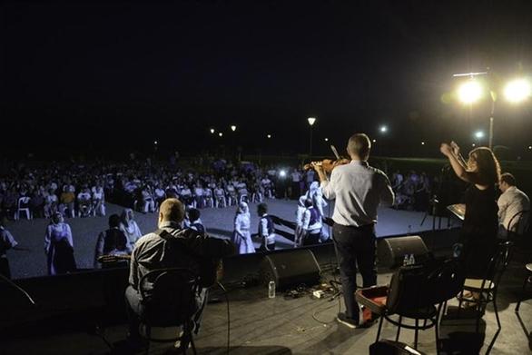 Πάτρα - Συνεχίζονται οι μουσικές βραδιές στις γειτονιές
