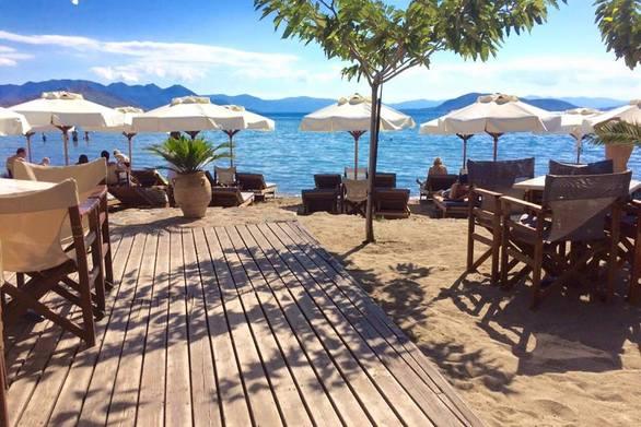 Ζητείται προσωπικό σε all day cafe-restaurant στην Aιτωλοακαρνανία
