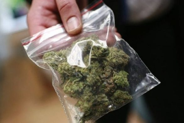 Ηλεία: Tον έπιασαν με ναρκωτικά