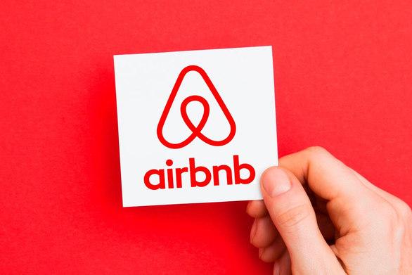 Τα τρία μέτρα που εξετάζει η κυβέρνηση για το Airbnb
