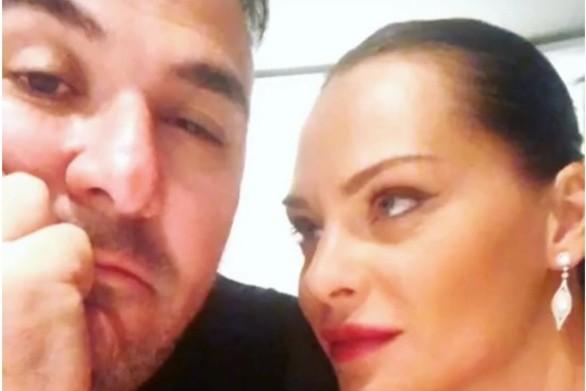 Η selfie του Αντώνη Ρέμου με την Υβόννη Μπόσνιακ