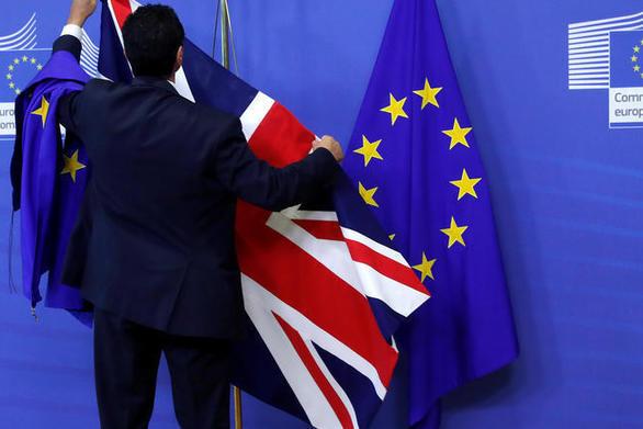 Η Βρετανία προειδοποιεί την Ευρωπαϊκή Ένωση