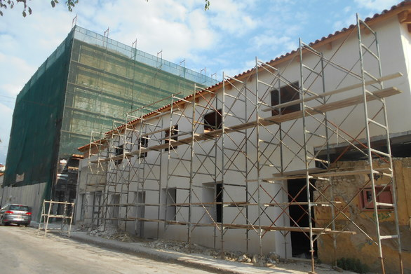 Πάτρα: Ο ξενώνας νεότητας που διαμορφώνεται στην παλιά σταφιδαποθήκη της Καρόλου