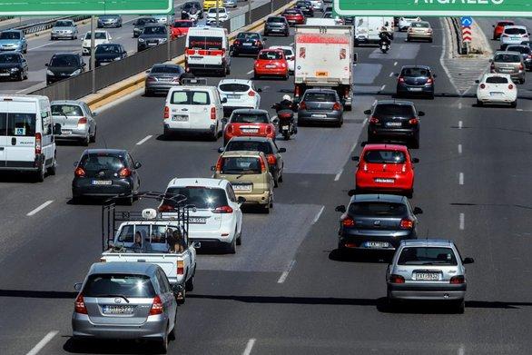 Τέλη κυκλοφορίας 2020: Γλιτώνουν τις αυξήσεις οι ιδιοκτήτες νέων αυτοκινήτων