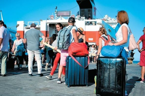 Ανέβηκε θέσεις η Δυτική Ελλάδα στην προσέλευση τουριστών και στις εισπράξεις εισόδων
