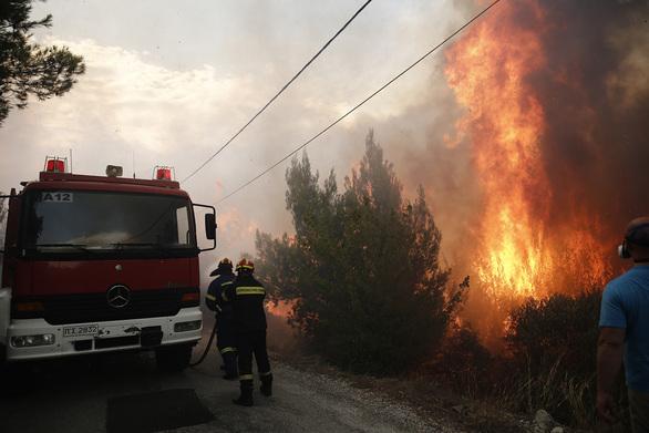 Τριήμερος «κόκκινος» συναγερμός για πυρκαγιές - Στην κατηγορία κινδύνου 4, Αχαΐα και Ηλεία