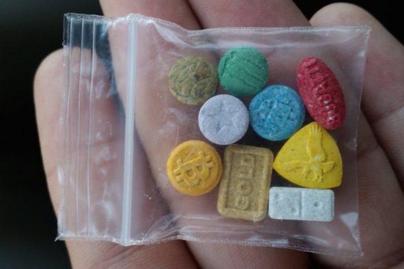 Αλλοδαπός προωθούσε ecstasy σε Ζάκυνθο και Κέρκυρα