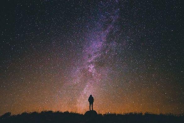 Έντονο το φαινόμενο της βροχής των αστεριών και στον ουρανό της Πάτρας