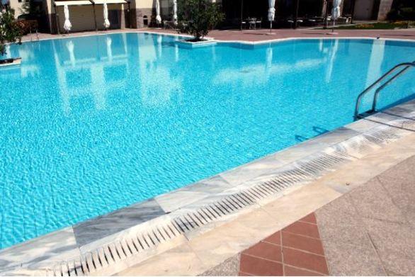Λακκόπετρα: Ανήλικο κινδύνευσε από πνιγμό σε πισίνα ξενοδοχείου