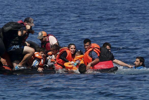 Μικρή αύξηση 4% στις ανιχνεύσεις παράνομων διελεύσεων μεταναστών τον Ιούλιο