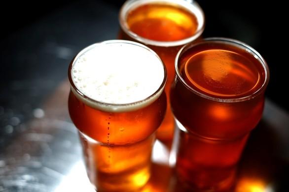 Πώς μπορείς να παγώσεις τη ζεστή μπύρα σε 2 λεπτά (video)