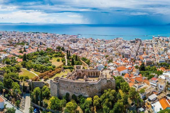 Το φρούριο της Πάτρας πανοραμικά