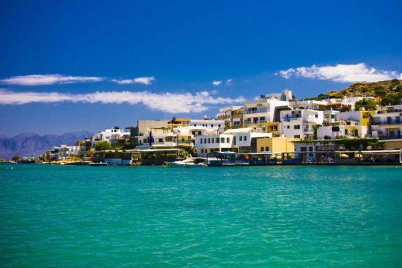 Μύκονος, Σαντορίνη και Κρήτη οι «πρωταθλητές» του τουρισμού και φέτος