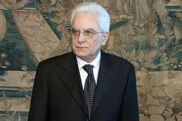 Ο Ματαρέλα αναζητεί άμεσα τη λύση στην Ιταλία