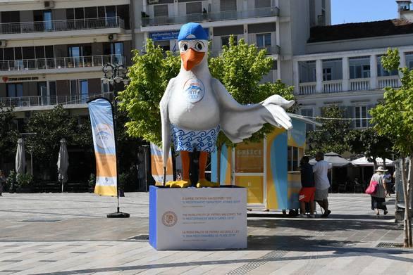 Ο Πατρέας... πήρε τη θέση του στην πλατεία Γεωργίου! (φωτο)