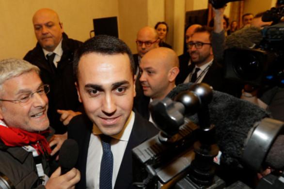 Ιταλία: Πυρετός διαβουλεύσεων για να τα βρουν PD - Κίνημα 5 Αστέρων