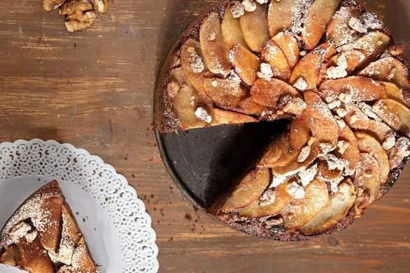 Ετοιμάστε μηλόπιτα με σοκολάτα