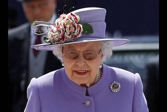 """Βασίλισσα Ελισάβετ για Ντόναλντ Τραμπ: """"Κατέστρεψε το γκαζόν μου"""""""