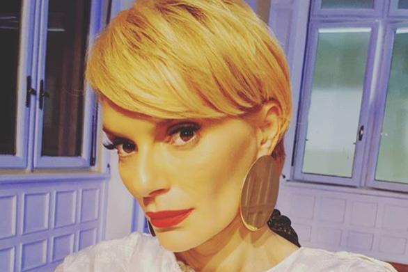 """Έλενα Χριστοπούλου: """"Σε τρεις μήνες γίνομαι 44 χρονών"""""""
