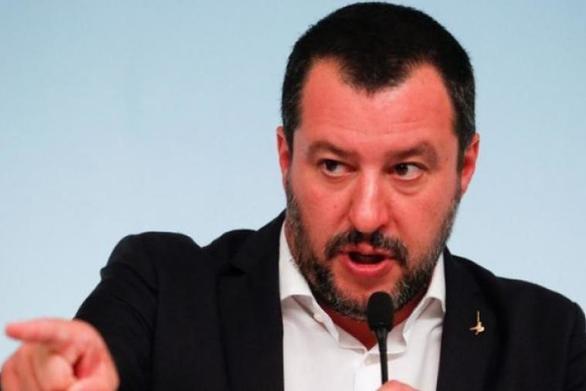 Σαλβίνι - Νέα απαγόρευση σε πλοίο ΜΚΟ με μετανάστες να δέσει στην Ιταλία