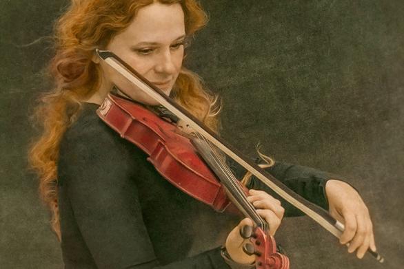 Πάτρα: Ένα μουσικό ταξίδι στην... Πόλη από την Ευανθία Ρεμπούτσικα