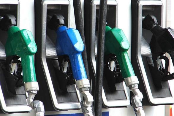 ΑΑΔΕ: Φοροδιαφυγή 2,7 εκατ. ευρώ από 3 πρατήρια καυσίμων στην περιφέρεια - Το ένα στην Αχαΐα