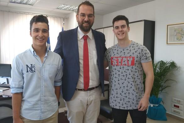 Περιφέρεια Δυτ. Ελλάδας: Δύο ακόμα αριστούχοι επιτυχόντες στο γραφείο του Νεκτάριου Φαρμάκη
