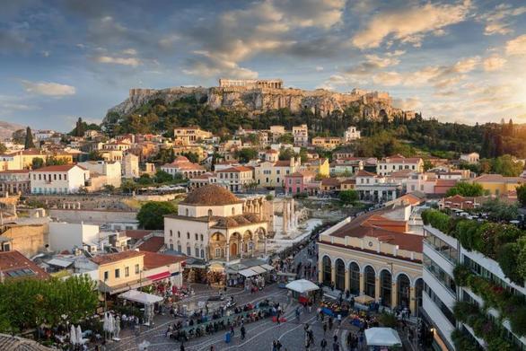 FT: Καταστρέφουν οι επενδυτές του Airbnb την Αθήνα και άλλες πολιτισμικές πόλεις της Ευρώπης;