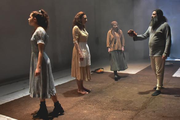"""Η """"Γέρμα""""του Φεντερίκο Γκαρθία Λόρκαστο θέατρο Απόλλων της Πάτρας"""