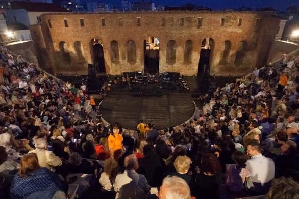 Πάτρα: Ένα ξεχωριστό αφιέρωμα - συναυλία στην Λίνα Νικολακοπούλου