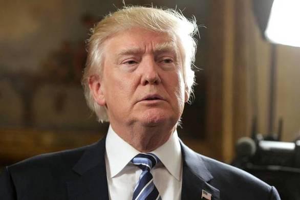 «Βουτιά» στη δημοτικότητα του Ντόναλντ Τραμπ
