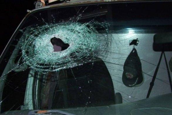 Πάτρα: Επιθέσεις με πέτρες από αγνώστους σε διερχόμενα οχήματα