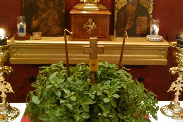 Πανηγυρίζει ο Ιερός Ναός του Τιμίου Σταυρού στην Πάτρα
