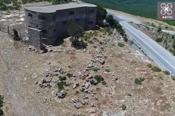 """""""Ο Λόφος των 118 Σπαρτιατών"""" - Μια μαρτυρική, ναζιστική θηριωδία (video)"""
