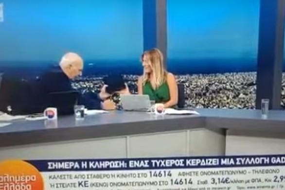 O Γιώργος Παπαδάκης πέφτει on air από την καρέκλα του (video)