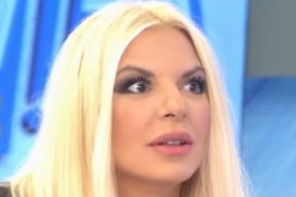 """""""Πάγωσε"""" η Αννίτα Πάνια στον αέρα της εκπομπής (video)"""