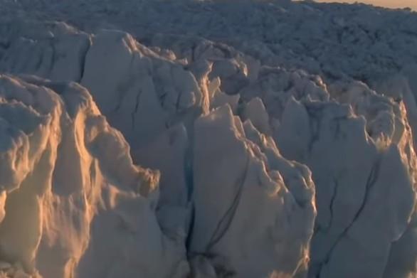Αποκολλήθηκε γιγαντιαίο παγόβουνο στην Ανταρκτική (video)
