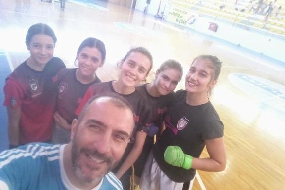 Οι Boxerinos της Παναχαϊκής στο 42ο Δημοτικό Σχολείο της Πάτρας (pics)