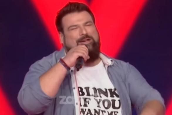 Ο Κωνσταντίνος Τσιμούρης έκλεψε τις εντυπώσεις στο Voice (video)