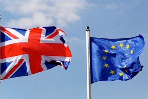 Περίπου 2 εκατομμύρια Ευρωπαίοι ζήτησαν παραμονή στη Βρετανία μετά το Brexit