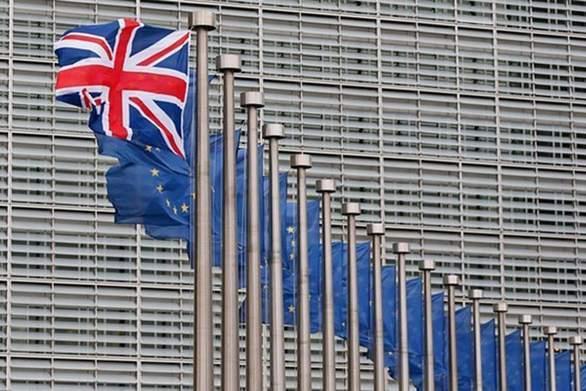 Daily Mail για Βrexit: Πιθανό το σενάριο παράτασης ως την 1η Ιανουαρίου