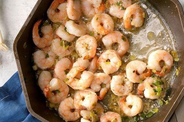 Ετοιμάστε ρύζι με γαρίδες