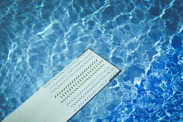 Ρόδος: Γαμπρός τραυματίστηκε σοβαρά βουτώντας σε πισίνα