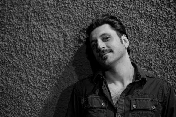Γιώργος Χρυσοστόμου: «Προσπαθώ να διαχειριστώ τη μοναξιά μου»